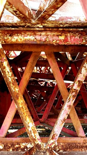 Red Red Paint Steel Metal Structure Rust Rusty Rustygoodness Work Working Forgotten Construction Cell Site Rustographer EyeEm Best Shots Eye4photography  Twisted Twisted Steel Kansas Topeka EyeEm Gallery EyeEm Best Edits EyeEm Day Photography Daytime