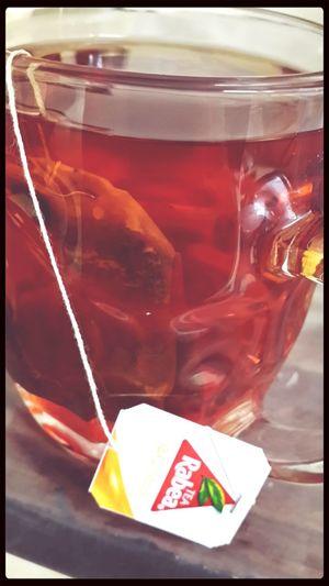 الشاي في المج الإزاز له طعم غير :) شاي مزاجي صباح الخير