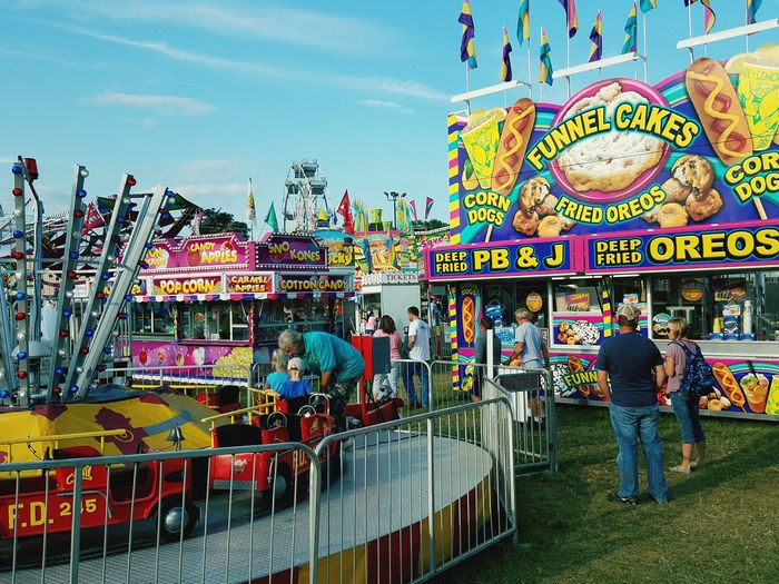Countyfair Hanging Out Amusement Ride Pagecountyfair Colorsplash Colour Of Life