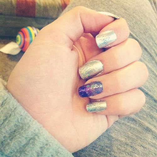 Chrome tho ?✋Chrome Nails Acryllic Chromenails metallicmanicure shiny glitter owow