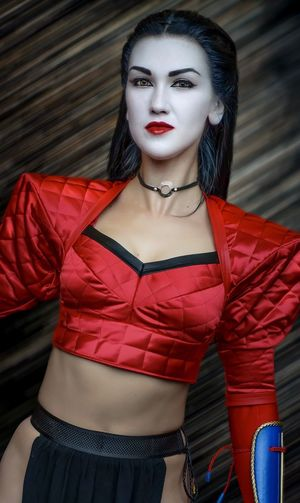Shi Cosplayer Cosplay Nycc2018 NYCC Red Young Adult Portrait Front View Looking At Camera One Person Young Women Beautiful Woman Three Quarter Length Make-up Hair Standing Fashion Lifestyles Beauty