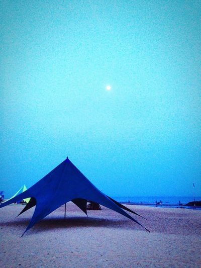 Giant spider 👻👻👻 Full Moon Blue Night Tents Camping Trip! Seaside