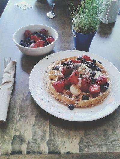 Fruit Sweet Food Strawberry Dessert Plate Sweet Pie Food Gourmet Tart - Dessert No People Berry Custard Freshness Berry Fruit Table Indoors  Raspberry Pastry Dough Comfort Food Homemade