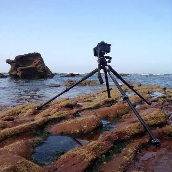 Artiseverywhere Sea Water Beach Tripod Camera - Photographic Equipment Photography Themes Tranquil Scene Clear Sky Tranquility Horizon Over Water Outdoors Scenics No People Beauty In Nature Nature Day Sky Photographing Observing Life Pacífico Ocean Walter PlacesAroundEarth(null)