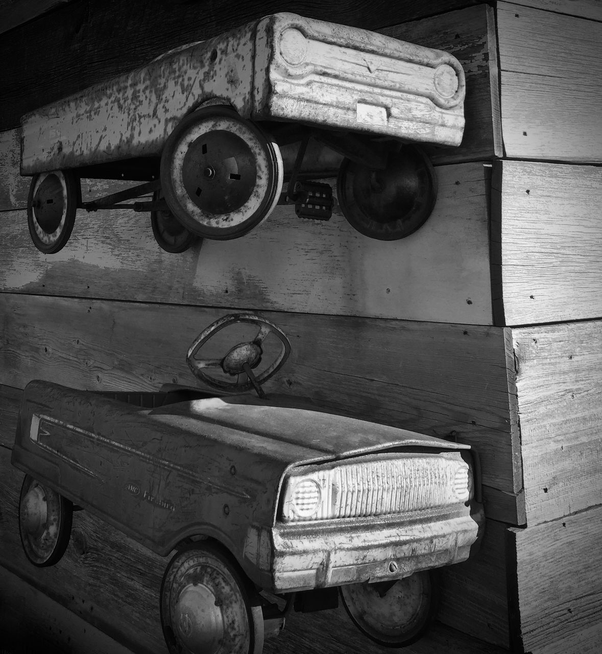 transportation, old-fashioned, wood - material, no people, indoors, day, close-up