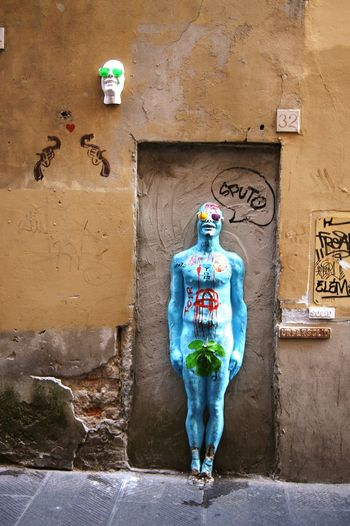 Modern Art Streetart Sculpture Blue Man Graphite Art Florence Italy Streetphotography