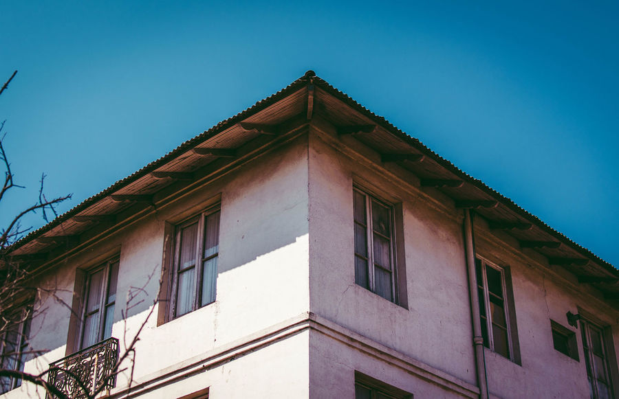 Architecture Building Exterior Built Structure Window No People Low Angle View Outdoors Roof Day Clear Sky Sky Politics And Government