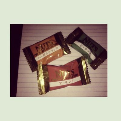 Chocolates from Japan. Thank you @wiyo_kun. Hahaha. Mwah!