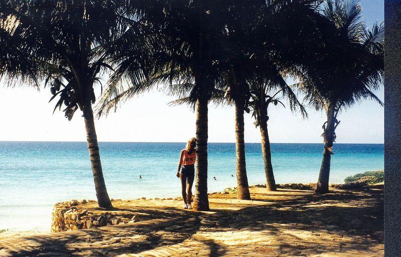 Horizon Over Water Outdoors Tree Vacations Good Morning! Good Morning Goodnight Holiday Cuba Varadero Blonde Girl SexyGirl.♥ Women Who Inspire You Legs Sexylegs Sternfee Nina Beach Ocean Person