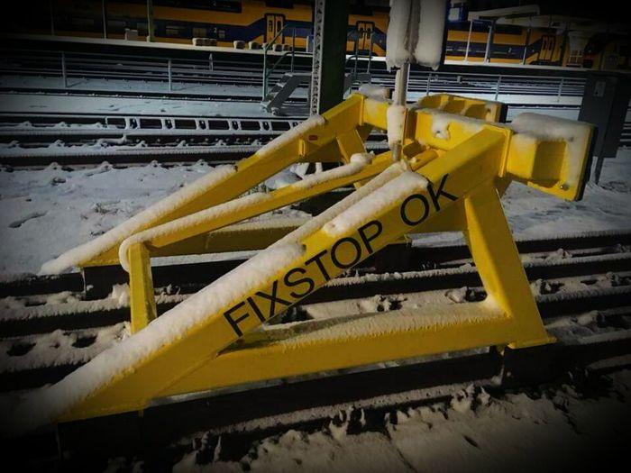 Yellow Industry