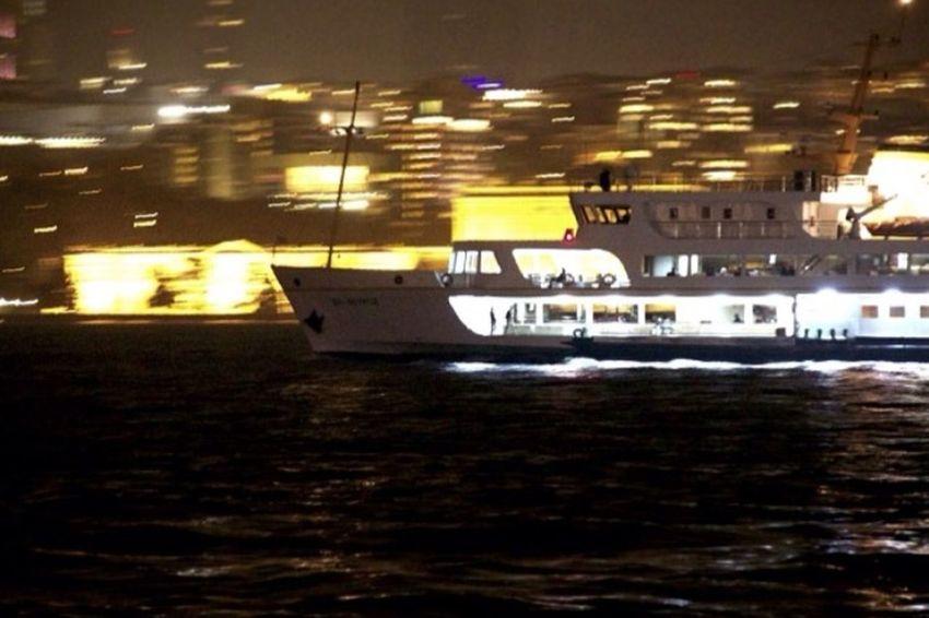 AsianSide Istanbul Ship Nightphotography