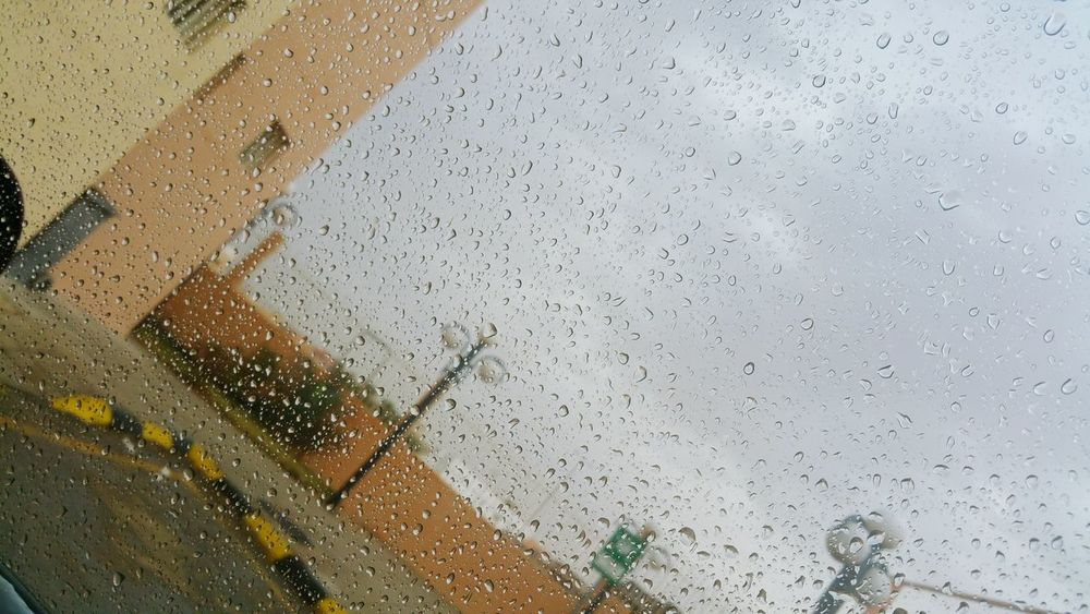 الحمد لله على االمطر Water No People Window Drop Wet Sky Nature Smile ✌ Place السعودية  Ksa😍 KSA Day Dmamm Hofuf تصويري  تصوير