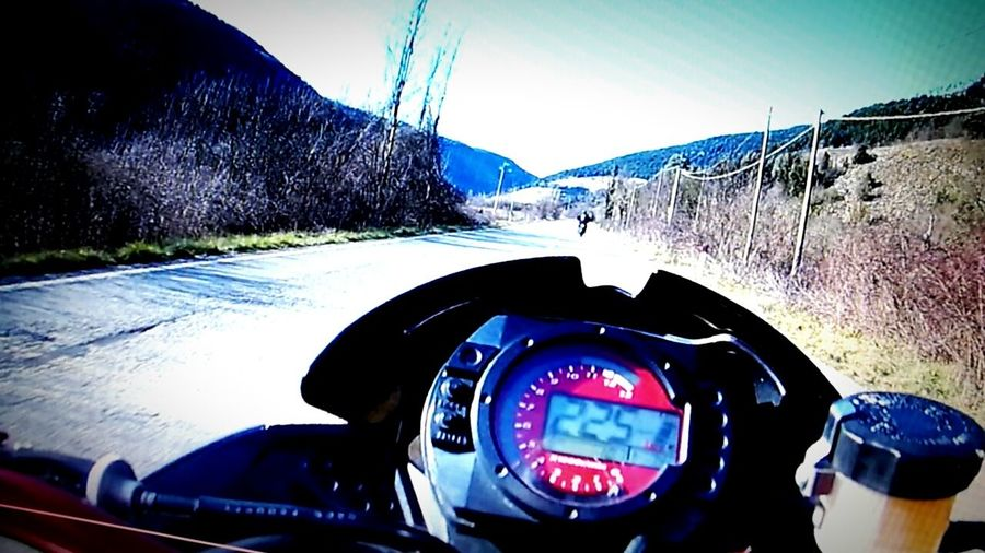 Pure Adrenalin Kawasaki Z750  FullGas