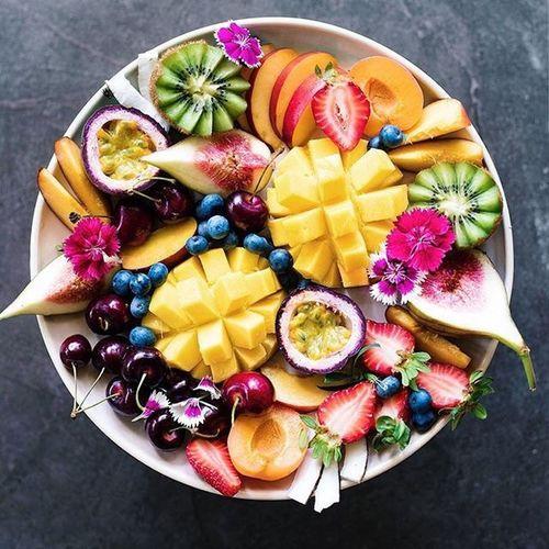 Vida Fruit Kiwi - Fruit SLICE Grape Pineapple Variation Healthy Eating Bowl Multi Colored Mango Fruit Yellow Grapefruit Freshness Plate Papaya No People Day