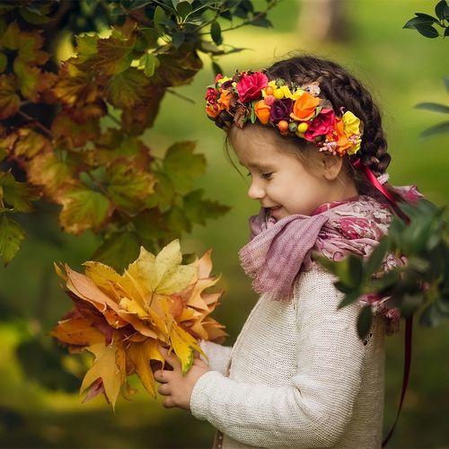 Cute girl outdoors in autumn
