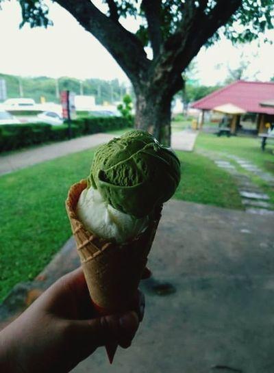 บรรยากาศก็กินได้ Allready #happytime Ice Cream Cone