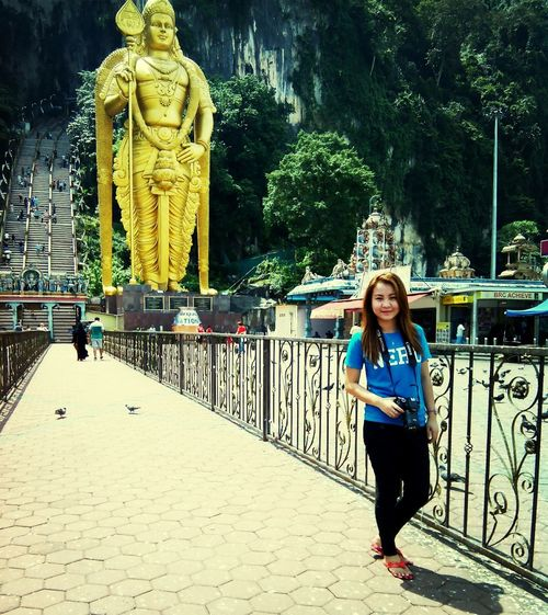 Helloworld Followback Photography Simple Throwback yesterday! @ Batu Caves, Malaysia