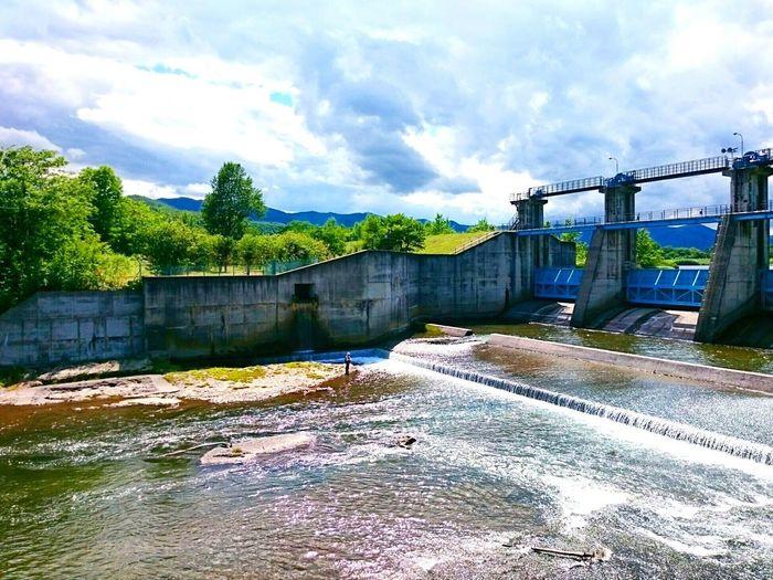 今日の北海道はあっつい❗❗ Cloud - Sky Water Sky Outdoors Day EyeEmNewHere Black_chica1707 EyeEm Selects Hokkaido,Japan Hokkaido Chica's Sky 空 Japan 田舎暮らし Dam Dam Lake Rural Scene