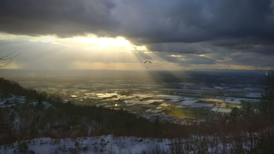 Flying Beauty In Nature Snow Nature Cold Temperature Outdoors Landscape Sunbeam Cloud - Sky Scenics Sky Day Steinbruch