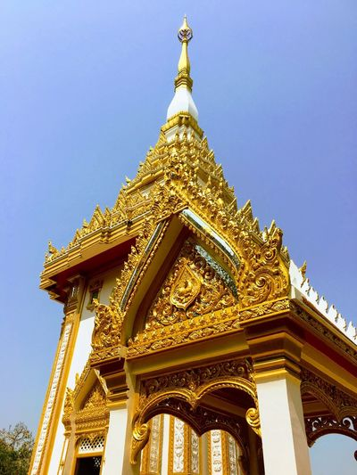 Temple on the mountain Beautiful โบสถ์ Art Thailand Tempel Low Angle View Built Structure Sky Architecture Religion Belief No People History Travel Destinations Day