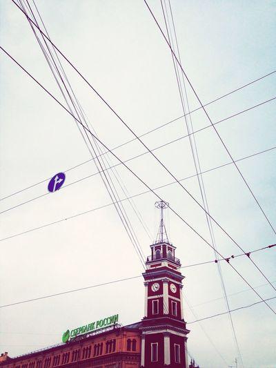 смотри вверх ближе к небу Saintpetersburg Ты найдешь меня на Невском