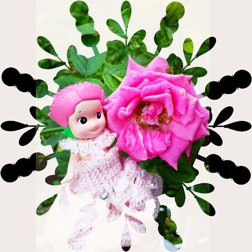 Carnation v rose pink ?? Sonnyangels Sonnyangelsindo Kewpie Toysnap_shot Like4like cute photooftheday awesome_hdr sonnyangelsindo rose pink carnation green