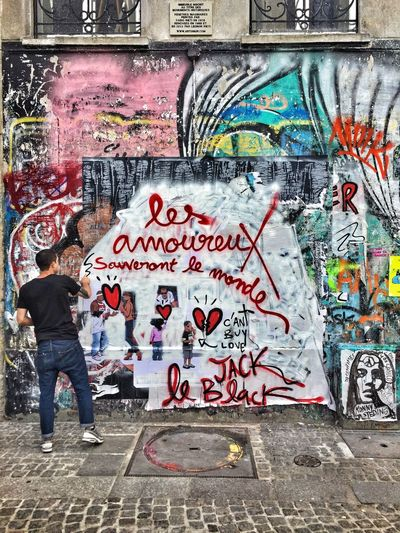 Street Love Jackleblack Paris Amour Lovers Peace Colors Art Artist Passion Love Creativity Graffiti Wall - Building Feature Art And Craft Street Art Wall First Eyeem Photo