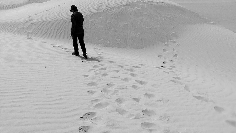 EyeEm Best Shots EyeEmNewHere EyeEm Selects Sand Dune Full Length Beach Sand Desert Walking Silhouette FootPrint Pattern Landscape