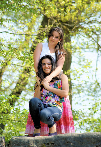Friends Girls Two People Happiness Smiling Nature Outdoors Young Women
