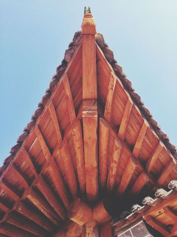 Seeking the ancient temple (殊海寺) in deep mountain. 10. Ying County Shanxi Province Geometry Symmetrical Roof