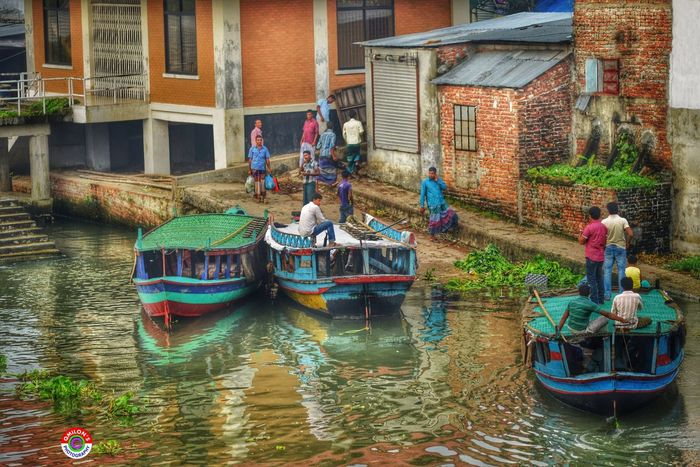 Boatsmen waiting for Passengers !!! Natural Bangladesh EyeEm Bangladesh Balu River River Marine Vehicle Water_collection Everyday Bangladesh Voice Of Bangla