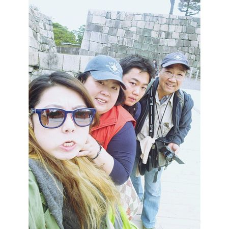 日本 大阪 大阪城 寫真 家族 OSAKA Osakacastle Japen Japanesehouse Shasin Kazoku Rioko Pic FamilyTime Family Mum Dad Me Brother Selfie