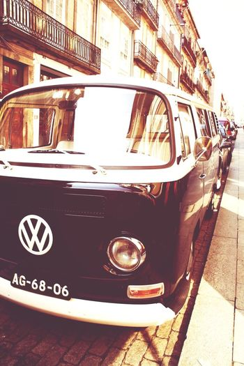 Old Van Volkswagen Oldstreets Portugaligers Black And White Lovethiscar Old-fashioned Town Beautiful Morning Shot