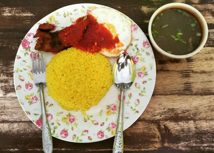 Nasi Kuning sedap. Kedai Makan Budi, Bandar Labuk Jaya, Sandakan. Nasikuning Sarapan Breakfast Plate Directly Above Table High Angle View Close-up Food And Drink Food Styling Served Prepared Food Ready-to-eat