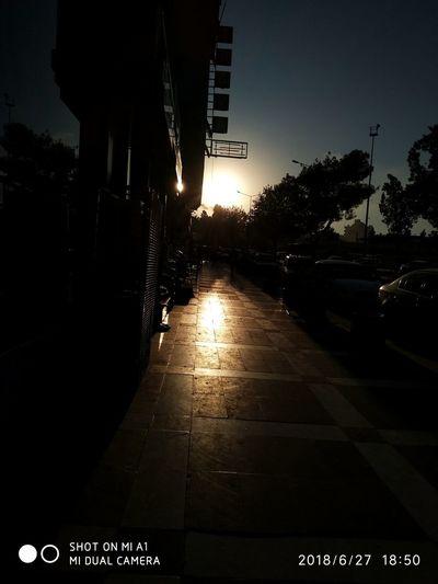 sunset(gün batımı) Şanlıurfa Eski Tarih  Tarihi Gunes Güneş♡♥♡ Karanlık Gün Batımı Thoth Hathor üniversite Gece Akşam Güzel Yeni City Tree Road Sign Car Sky