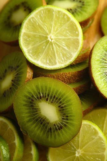 Full frame shot of kiwi