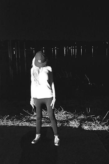 One Woman Only Young Adult Water Reflections Walking Around I Heart New York Yankees Fitted Headwear Water Nature Randomshot Photoshoot Pier Model Photography Full Length Real People One Person Night Standing Lifestyles Outdoors Warm Clothing EyeEmNewHere