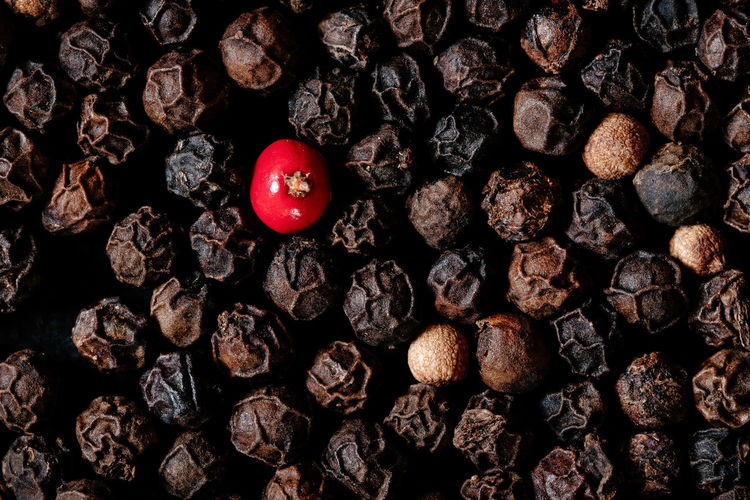 Solitaire Herbs Spicy Abundance Backgrounds Close-up Day Directly Above Food Food And Drink Foodphotography Foodporn Freshness Fruit Full Frame Healthy Eating Indoors  Large Group Of Objects Nature No People Pepper Pepper - Vegetable Positive Emotion Red Spices Still Life