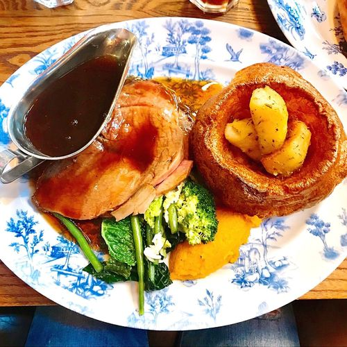 Typical English Sunday Lunch Roast Goodlunch Table Food And Drink Plate My Best Travel Photo Meal Vegetable First Eyeem Photo
