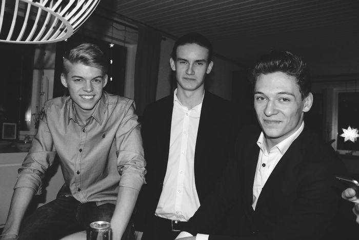Threemusketeers Friendship Boys Newyearseve