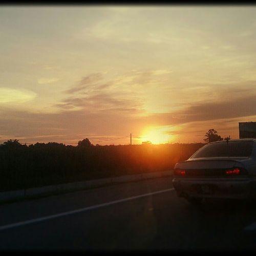 原来那日已如此遥远,夕阳无限好,只是近黄昏… 一路向北 沧桑感 爱 改变