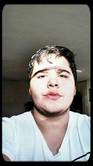 Andamos muy barbones hoy Noshavenovember Selfie Guapo SienteloBebe