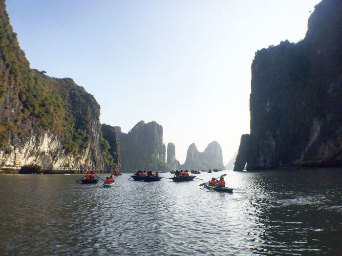 Finding New Frontiers canoeing 🛶 in Halong Bay in Vietnam to find myself 😃 Mode Of Transport Mountain Water Nature Sea Beauty In Nature Scenics Outdoors Clear Sky Day Transportation Sky Traveling Home For The Holidays Boat