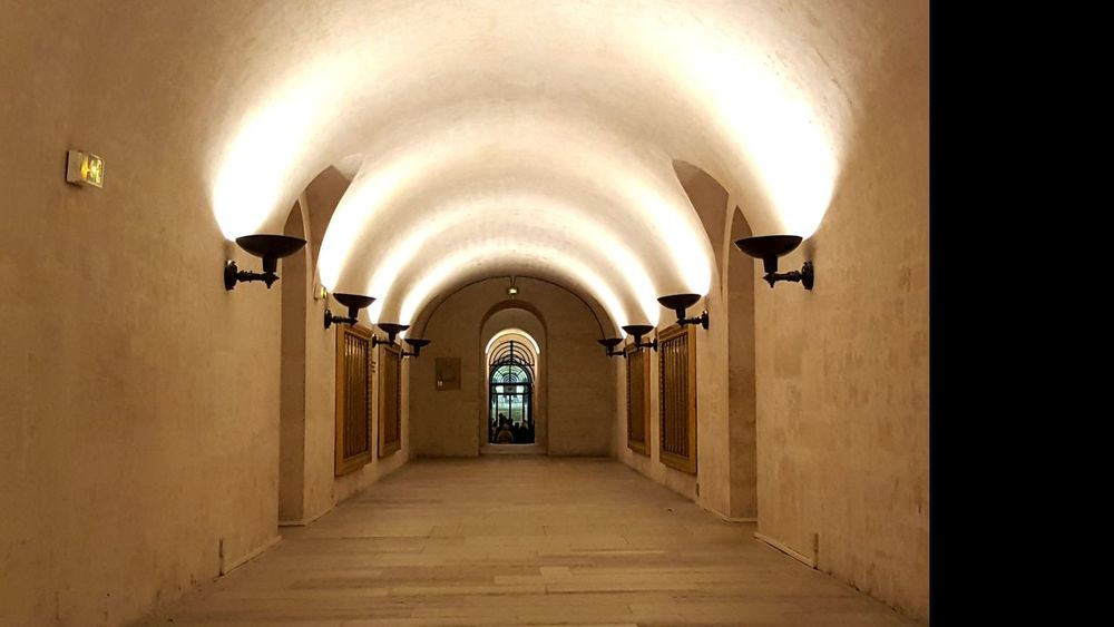 Crypt Historical Building History EyeEm Selects Arch Architecture Indoors  Corridor No People Built Structure Day
