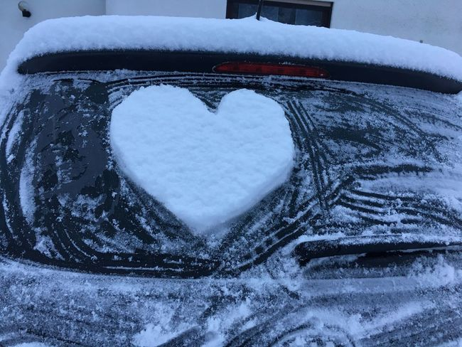 Heart Snow Winter Car Frozen Beauty In Nature Snowing Herz Schnee