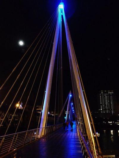 London Thames Bridge Night Lights Nightphotography Taking Photos Eye4photography  England Steel Me Around The World