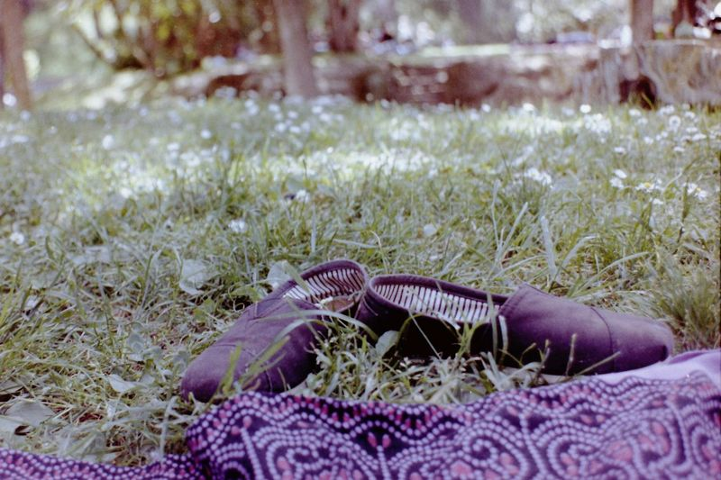 Confortable Green Nature Openair Picnic Relaxing Vacations barefoot Close-up Confortable Shoes Day Espadrilles  Field Film Photography Grass Lying Down Nature No People Outdoors Park Relaxation Selective Focus Shoes