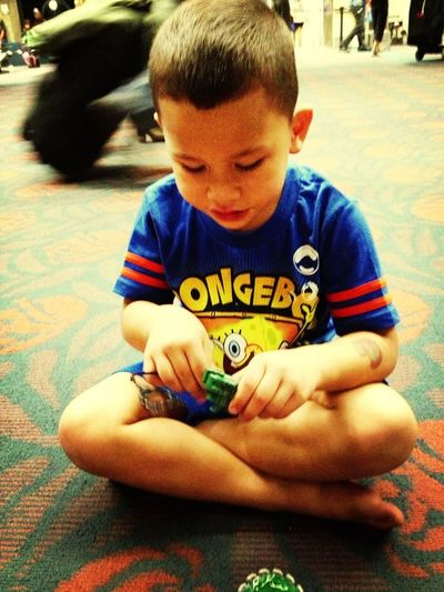 Waiting For The Plane... BeyBlade Time
