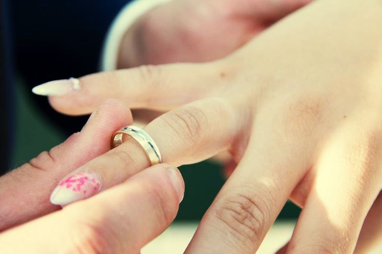 Der schönste Tag im Leben Just Married Hochzeit Human Hand Hand Human Body Part Ring Human Finger Finger Jewelry Emotion Togetherness Women Love EyeEmNewHere Moments Of Happiness