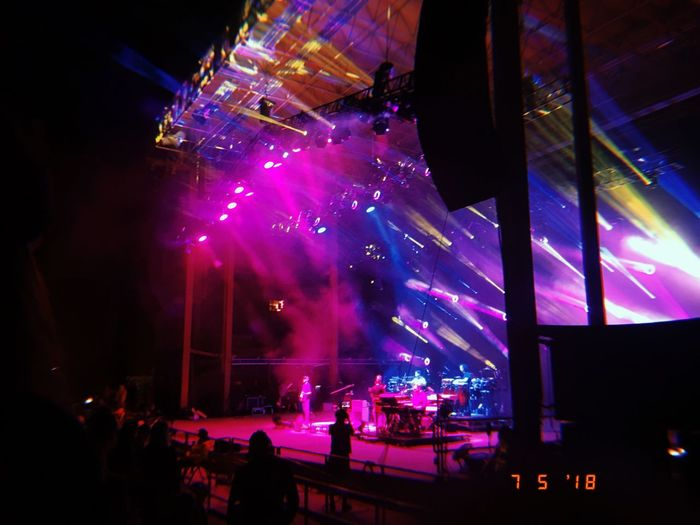 #Rock'nRoll #redrock #redrockspark #zoo Arts Culture And Entertainment Crowd Event Illuminated Large Group Of People Light Lighting Equipment Multi Colored Music Night Nightlife Performance Popular Music Concert Real People Stage Stage - Performance Space Stage Light